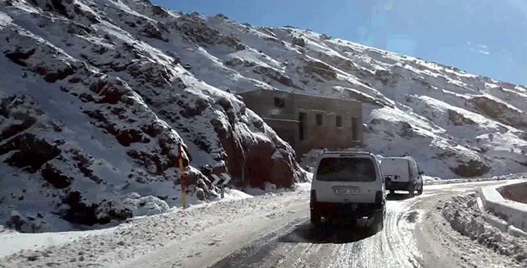 Chutes de neige pouvant atteindre 30 cm dans plusieurs provinces  du lundi au mercredi
