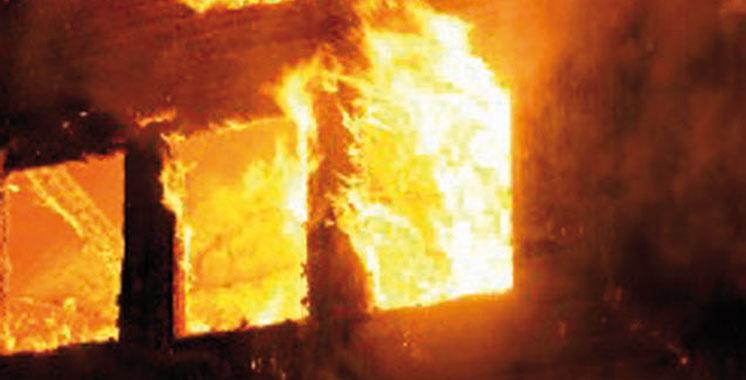 Inzegane : Il séquestre  sa famille et  met le feu  à son domicile