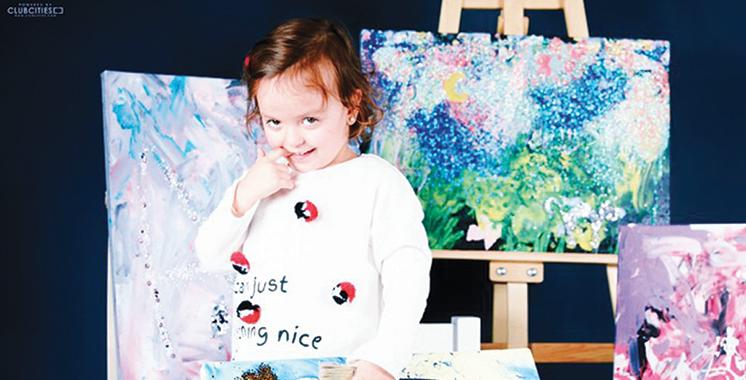 à trois ans, Khadija Joueid expose à Tanger