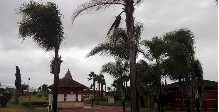 Météo : Fortes averses de pluies avec rafales de vent prévues du mardi à mercredi