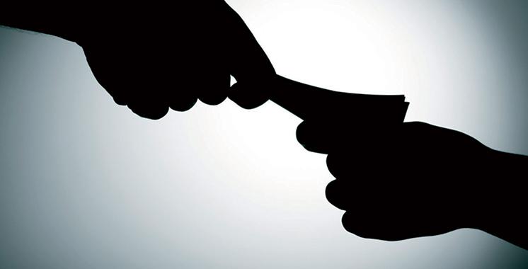 Corruption : Arrestation de deux gendarmes et deux agents d'autorité