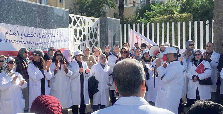 Les médecins du public menacent de reprendre  les mouvements de protestation