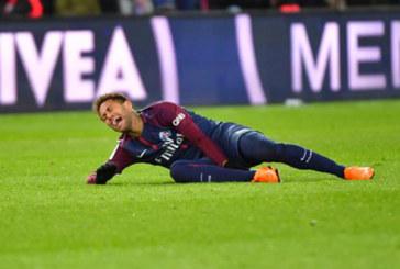 Blessure de Neymar : «jusqu'à trois mois» d'indisponibilité, selon son médecin