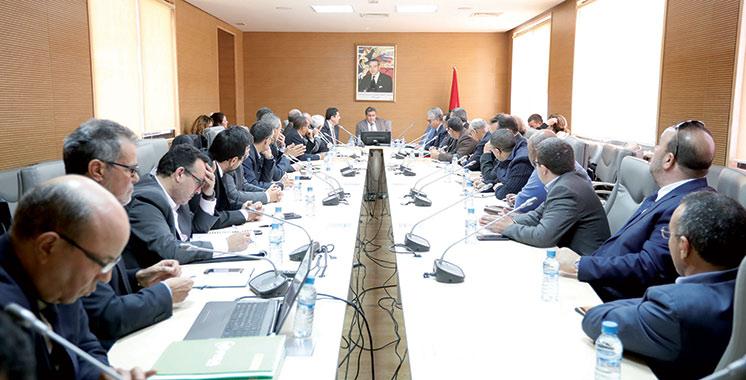 Réunion au sommet entre les professionnels et la tutelle : Akhannouch fait le point avec les aviculteurs