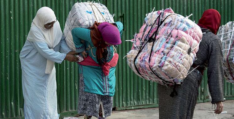 Sebta : Les femmes ou hommes «mulets» ne sont plus autorisés à charger sur le dos