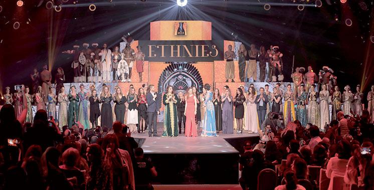 Caftan 2018 : Les stylistes marocaines voyagent chez les ethnies du monde