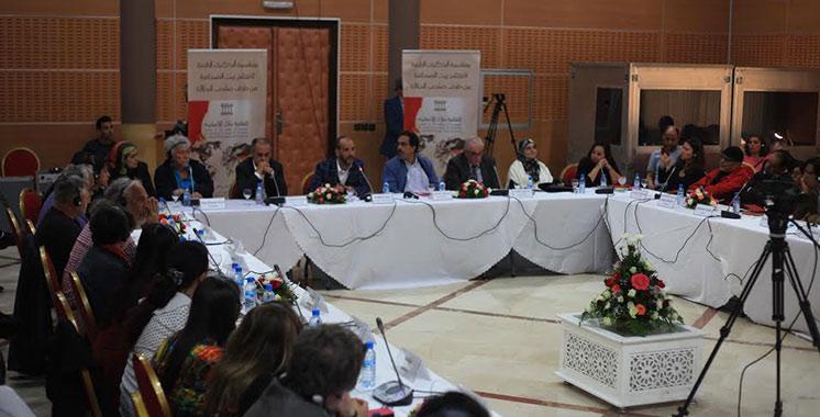 Des journalistes et écrivains se mobilisent contre l'extrémisme et le terrorisme