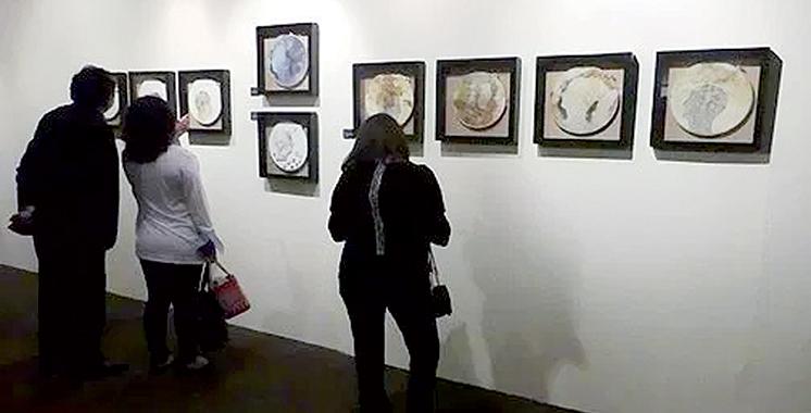 Vernissage d'une exposition collective à Casablanca