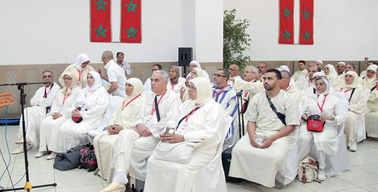 Départ du premier contingent vers les Lieux Saints : SM le Roi invite les pèlerins à représenter comme il se doit leur pays