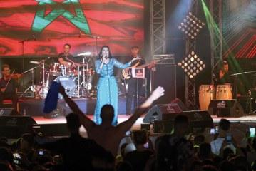 8ème Festival international Jawhara : Dounia Batma vole la vedette en clôture devant 300.000 festivaliers