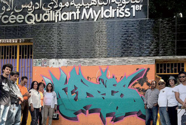 Des artistes-peintres garnissent les murs du lycée Moulay Idriss Ier