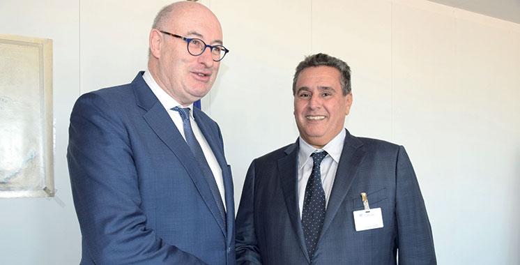 Accord Maroc-UE : Akhannouch s'entretient à Bruxelles avec Phil Hogan
