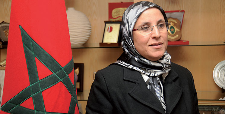 Handicap mental : Bassima Hakkaoui  dans le viseur des associations