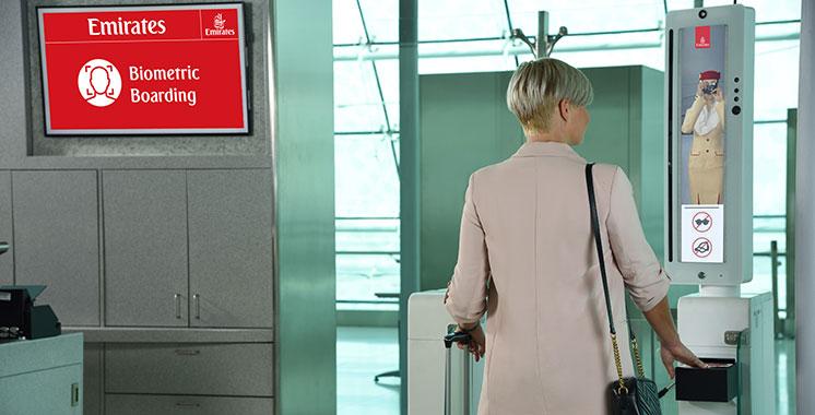 Emirates lance le premier «parcours biométrique» intégré au monde