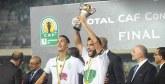 SM le Roi a félicité dans un entretien téléphonique le club : Après 15 ans d'attente, le Raja remporte sa deuxième Coupe de la CAF