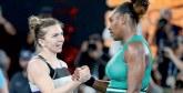 Open d'Australie : Serena Williams écarte la N°1 mondiale Simona Halep