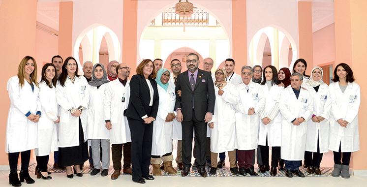 Marrakech : SM le Roi inaugure deux projets solidaires destinés à renforcer l'offre médicale