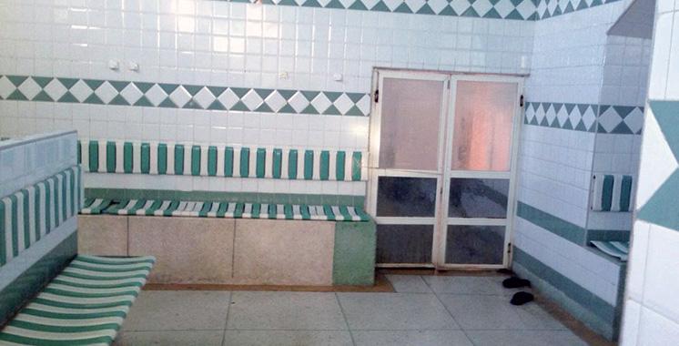 Sidi Bennour : Dans un bain maure, un trentenaire tue un enfant de 13 ans