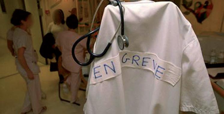 Les médecins du public annoncent une grève nationale de 2 semaines à partir du 17 avril