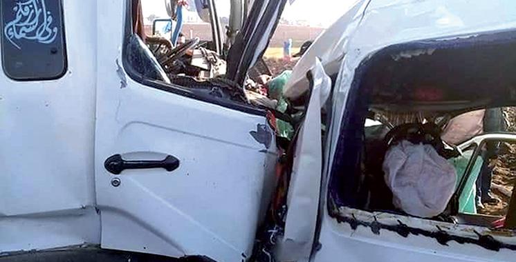 Province de Kénitra : Huit morts et 30 blessés dans la collision entre un camion et une voiture