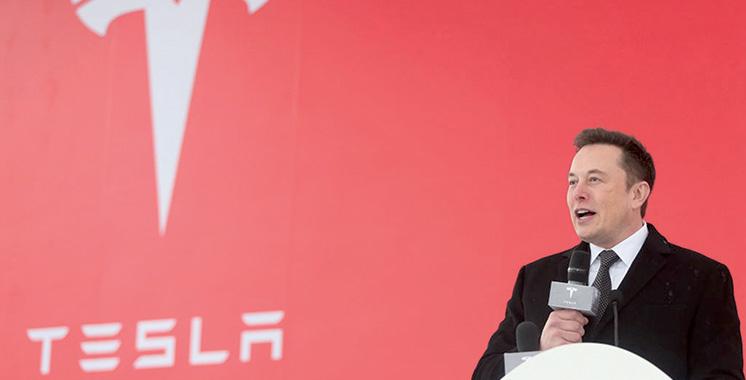 Tesla : Elon Musk accepte de faire approuver ses tweets avant de les publier