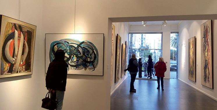 Des artistes-peintres subsahariens exposent à Rabat