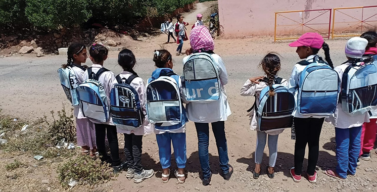 Le recyclage des bâches publicitaires profite aux enfants défavorisés
