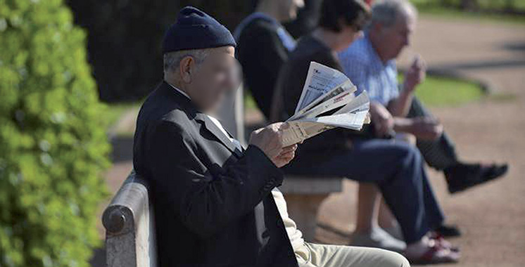 Vieillissement de la population : Pression sur les régimes de retraite et hausse des dépenses de santé