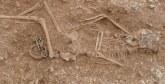 Vendée: Un squelette d'un homme vieux de 4.000 ans découvert lors de fouilles