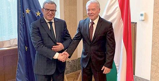 Mohamed Aujjar s'informe du fonctionnement de la Cour de cassation hongroise
