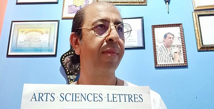 Aziz Tounsi en tournée avec son «identité» au Maroc et à l'étranger