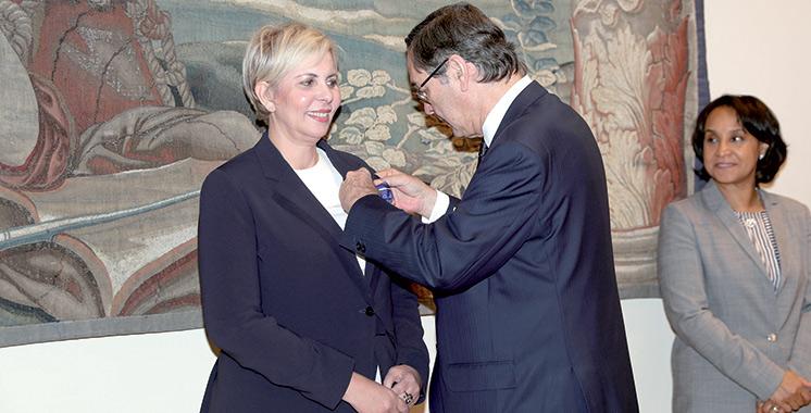 Nezha Hayat décorée par le Roi d'Espagne Felipe VI
