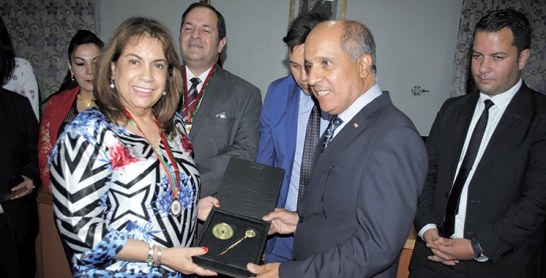 Saluant les efforts du Maroc dans  les provinces du Sud : De hauts responsables d'Amérique du sud en visite à Smara