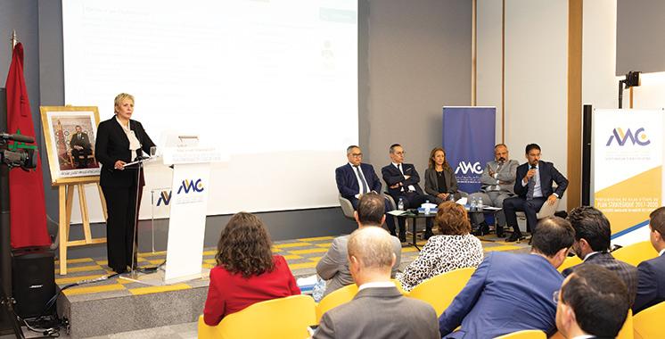 Bilan d'étape de l'AMMC : Nezha Hayat commente les sanctions