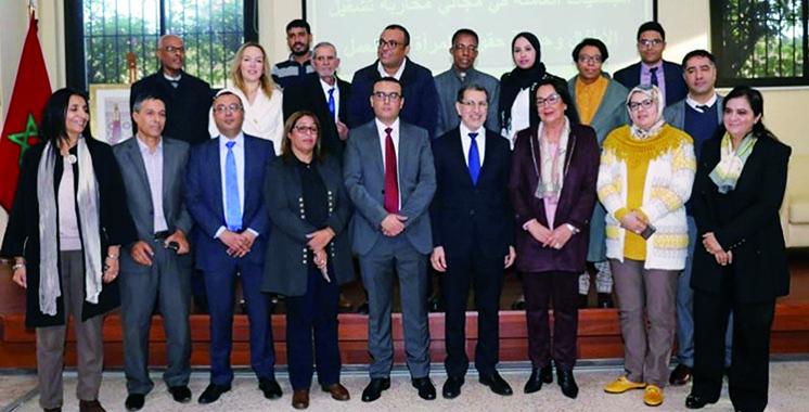 Le gouvernement signe des conventions  de partenariat avec 19 associations