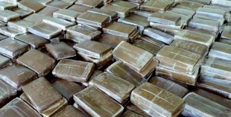 Trafic de drogue : Saisie de près  de 190 kg de chira et plus de 1050 de comprimés psychotropes  à Tanger et Kénitra