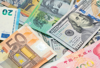 Surplus de devises  sur le marché financier