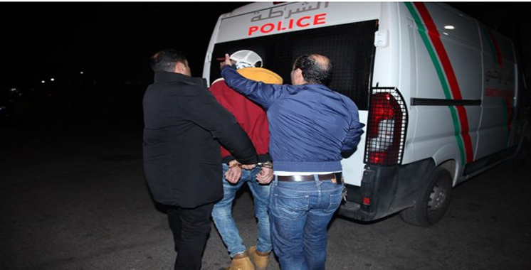 Un escroc et ses complices devant la justice à Béni Mellal