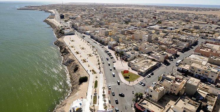Tourisme : 72 millions DH pour l'aménagement et le renforcement des deux corniches de Dakhla