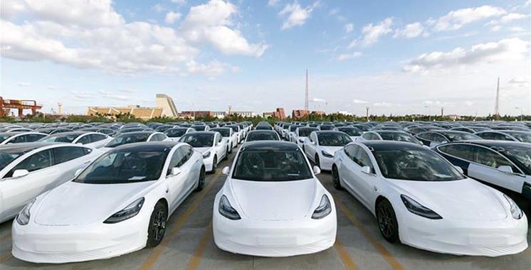 Tesla va exporter vers l'Europe des autos fabriquées en Chine