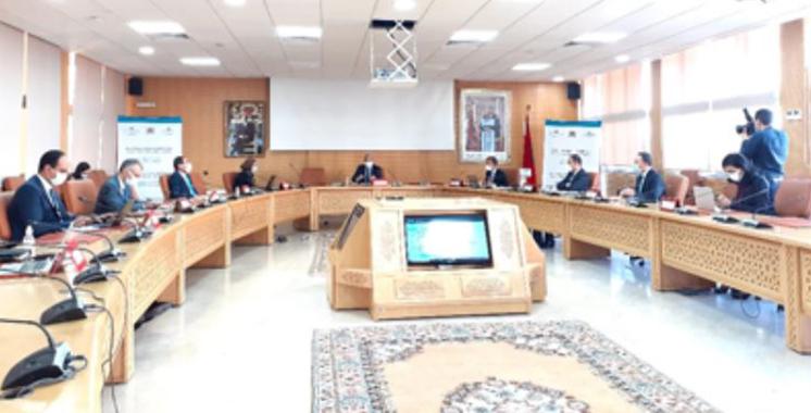 Procédures et formalités administratives : Le gouvernement sensibilise