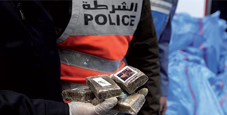 Al Hoceima : Interpellation d'un policier pour implication présumée dans le trafic de chira