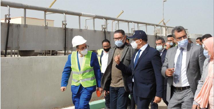 Dakhla/ONEE : Abderrahim El Hafidi s'enquiert de l'approvisionnement en eau potable et du service d'assainissement