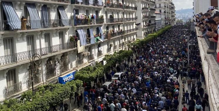 Des manifestations monstres contre les caciques : Les Algériens disent «degage» au régime