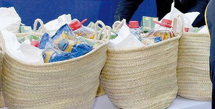 Distribution à Marrakech  de paniers alimentaires au profit des artisans