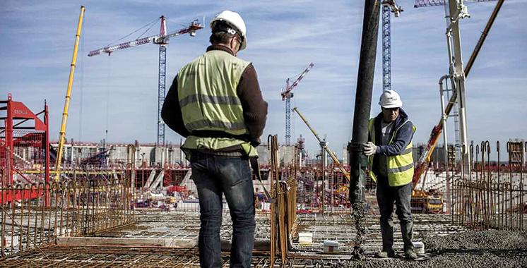 Industrie manufacturière et de construction : Une légère baisse de la production