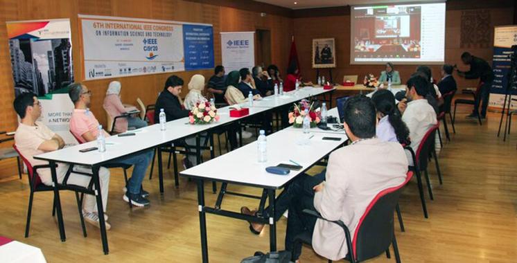 Recherche & Technologie  : Le leadership féminin défendu par l'Université  Al Akhawayn
