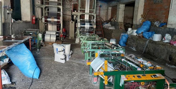 Descente dans un atelier clandestin  de plastique à Nouaceur : Saisie de 13 t de matières premières  et 25 machines qui servaient à la production