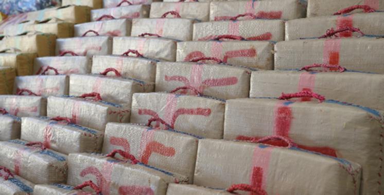 El Guergarat: Mise en échec d'une tentative de trafic international de plus de 2 tonnes de chira