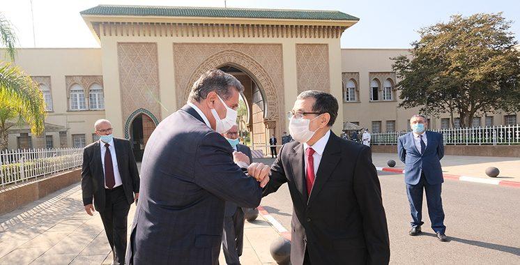 Passation-de-pouvoirs-entre-M.-Saad-Dine-El-Otmani-et-le-nouveau-Chef-du-gouvernement-M.-Aziz-Akhannouch-4